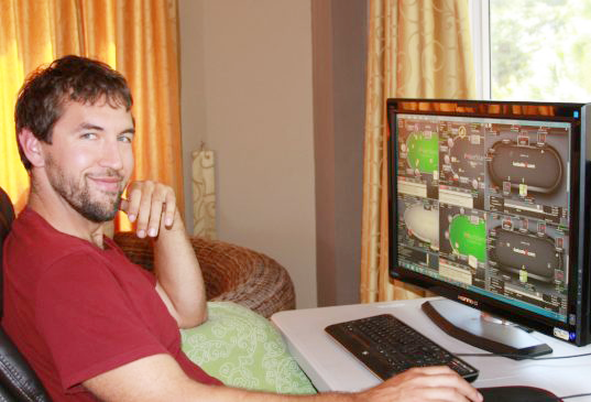 American Online Poker Players Setup Life Abroad